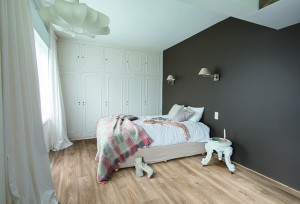 bedroom grey wall Columbian oak 296L